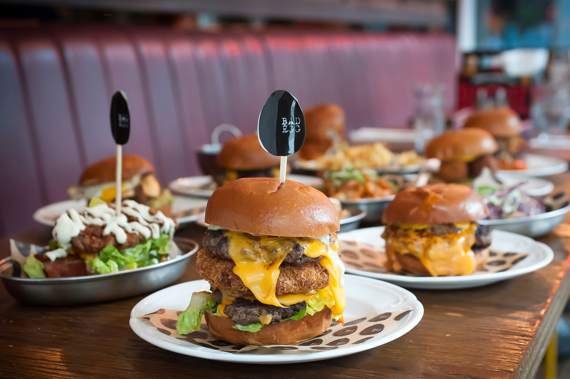 Bad_Egg_Moorgate_food_burgers_multiple_2
